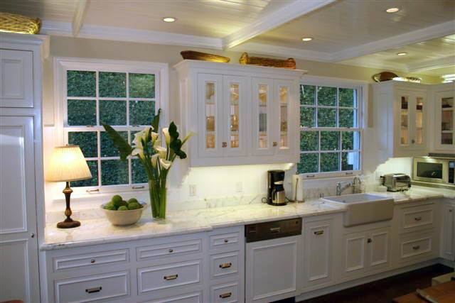 With Prospective Clients The Photos Of This White Country Kitchen